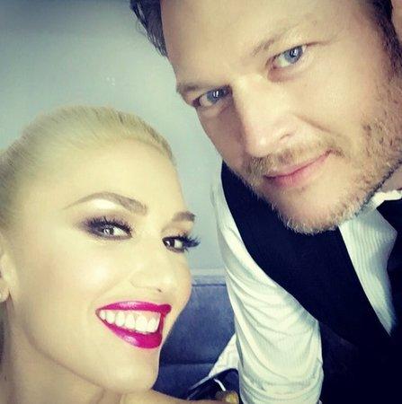 Gwen Stefani se svým přítelem Blakeem Sheltonem