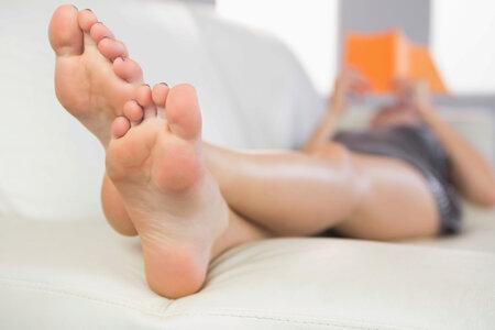 Syndrom neklidných nohou je dědičný.