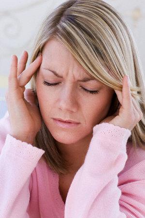 Ženy trpí migrénou dvojnásobně více než muži.