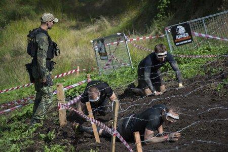 Trať pro tvrďáky Army run