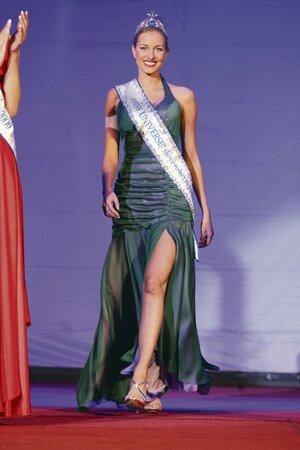 Miss Universe Slovenské republiky Denisa Mendrejová byla hvězdou módní přehlídky