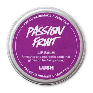 LUSH Passion fruit balzám na rty, 245 Kč, koupíte na www.lush.cz