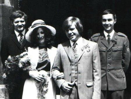 S první ženou Alenou Jiřímu Schelingerovi manželství vydrželo pouhé tři roky
