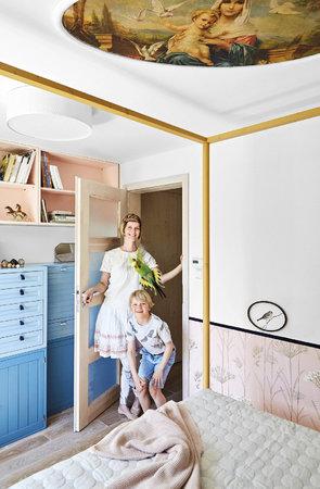Malá ložnice se změnila v dámský budoár