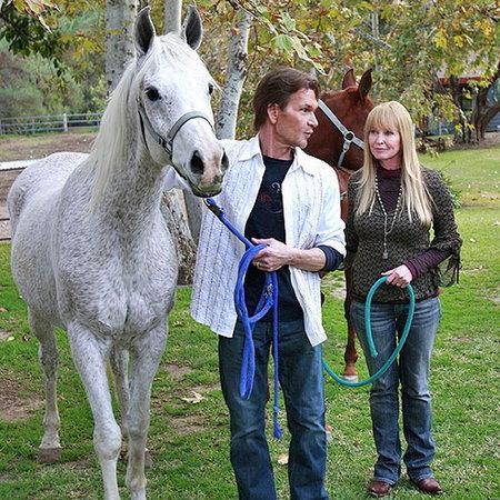 Patrick a Lisa na svojom ranči v Kalifornii.