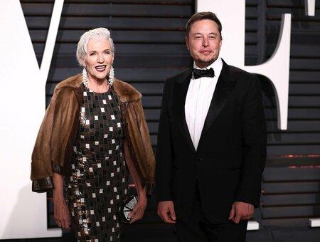 Maye Musk se svým synem Elonem Muskem.