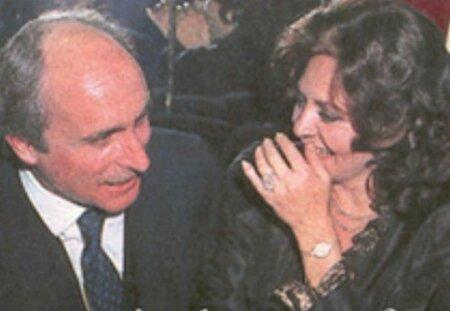 Osmdesátá léta: Michèle a její italský princ Nicola Bocompagni-Ludovisi.Do zoufalé sbírky přibyl ještě italský princ Nicola Bocompagni-Ludovisi. Trvalo to dva roky společného života v Římě, než pochopila, že je zamilovaný víc do Angeliky, než do své starší, leč stále krásné partnerky a vrátila se do Cannes.
