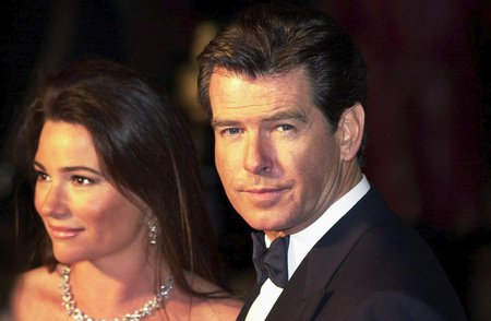 Pierce Brosnan s manželkou Keely Shaye Smith