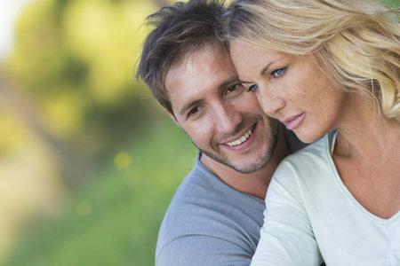 Proč mladší muži vyhledávají starší ženy? Svěřili se nám!