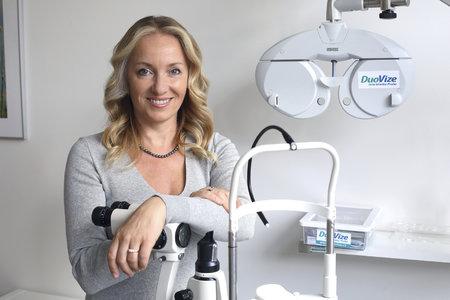 Primářka pražské oční kliniky DuoVize, Lucie Valešová