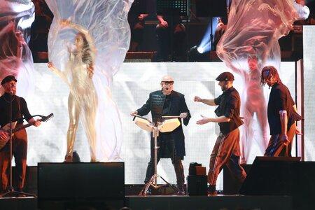 Jiří Korn slavil s fanoušky v O2 areně své sedmdesáté narozeniny