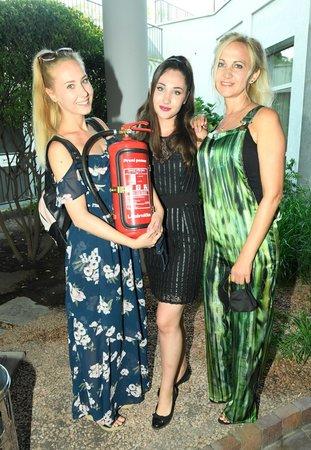 Šárka Grossová s dcerami