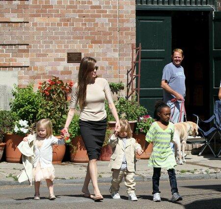 Angelina si myslí, že chůva jejích dětí by měla mít nadpřirozené schopnosti.