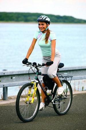 Na kole skvěle vytvarujete nohy a zadek.