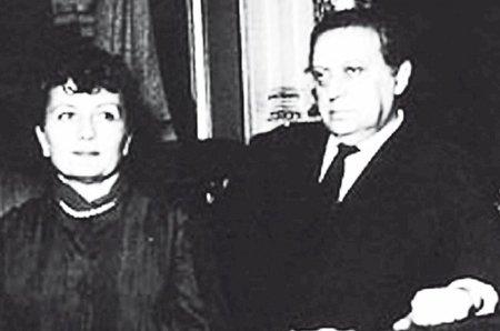 Hugo Haas s manželkou Bibi n Márodním divadle v Praze během své poslední návštěvy v roce 1963