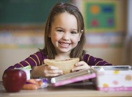 Tohle rodiče netuší! 10 jídel, která nejsou pro děti tak zdravá, jak myslíte