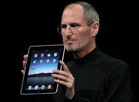 Opravdový vizionář: Steve Jobs (†56) předpověděl tablet iPad už v roce 1983