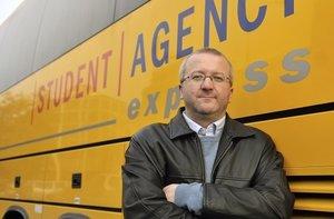 DROGY ve žlutém autobusu! Dva řidiče Student Agency zatkli v Norsku