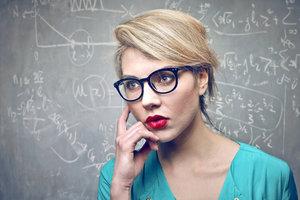 Brýlatí lidé jsou chytřejší, mohou za to geny, uvádí studie. Hipsterské brýle neplatí