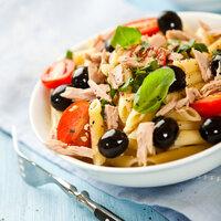 Oběd pro dietáře:Těstovinový salát s tuňákem