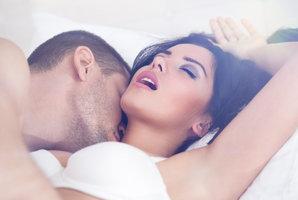 Velký horoskop sexu: Kdo vám sedne v posteli a od koho raději ruce pryč?