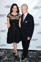 Catherine Zeta-Jones a Douglas překonali rakovinu i krizi