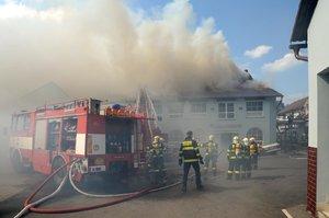 V Olešce u Prahy zřejmě uhořel muž. Mrtvolu našla sousedka