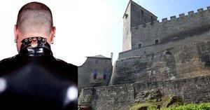 U hradu Kost ho vyděsil spoutaný muž v latexu: Bál se vraha, ale byl to sexuální dobrodruh