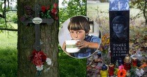 25 let po smrti dětské hvězdy Tomáše Holého (†21): Na místě, kde zemřel, se objevil drahý dar!