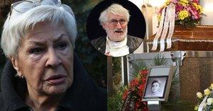 Poslední rozloučení se sestrou Pavla Landovského: Plakala i Kamila Moučková
