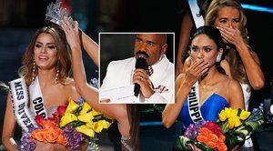 Trapas vesmírných rozměrů: Moderátor Miss Universe dal korunku špatné dívce. Pak ji chtěl zpátky