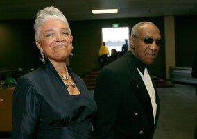 Cosbyho prý opustila manželka! Podle ní si zaslouží peklo