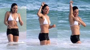 """Hvězda Rychle a zběsile depilaci nefandí: Michelle Rodriguez předvedla """"květák"""" v podpaží!"""