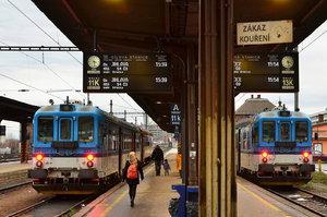 Pozor, výluka! Místo vlaků pojedou z Brna do Olomouce a Ostravy autobusy