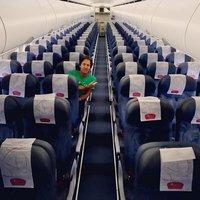 Pavol Habera sám na palubě letadla: To smrdím, nebo co se děje?