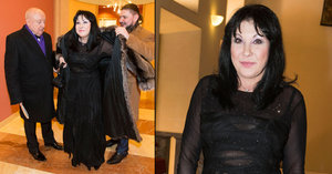 Patrasová dráždila v průsvitných šatech: Kocour Felix mlsně pokukoval!