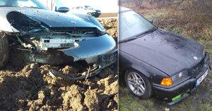 Policie dopadla řidiče (20) bavoráku, který poslal porsche do pole: Pirát jezdil bez papírů