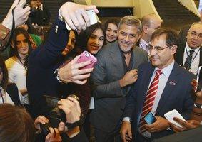 Herec George Clooney znovu dráždí Turky: Proč ho vláda země kebabů nemůže ani cítit?