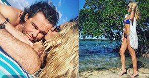 Jágr s Kopřivovou v objetí na pláži: Milujte se a množte se! Chceme malého JJ, vzkazují fanoušci