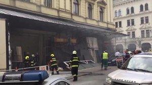 Po požáru Mahenova divadla v Brně pět zraněných. Může za to asi kuřák