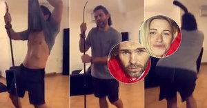 Nevídané video: Jágr tančí za peníze! Kvůli striptýzu Veroniky