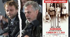 Producent filmu o Lucii v baru napadl režiséra: Skončil v bezvědomí