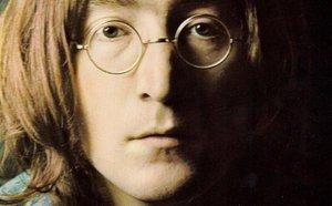 Naštvaný Lennon psal McCartneymu. Dopis se vydražil za tři čtvrtě milionu