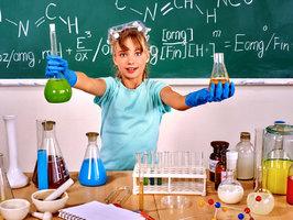 Ať děti objeví kouzlo chemie, biologie a fyziky! Věda může být i hra