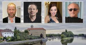 Dasha vystoupí poprvé po porodu v Poděbradech! Kvůli akci ve městě »otevřou metro«