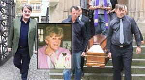 Štaidl pohřbíval svou dlouholetou přítelkyni: Přišla i Arturova chůva Golda