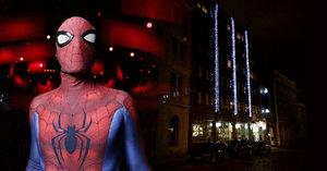 Zloděj »Spider-Man« vykradl 14 domácností: Do bytů lezl po hromosvodech nebo ze střechy