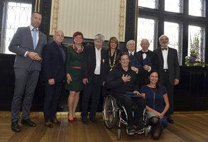 Svěrák, Suchý či Klíma se stali čestnými občany Prahy. Speciální cenu získal Potměšil