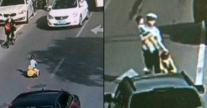 Dítě kličkovalo mezi auty na rušné silnici. Zachránil ho policista