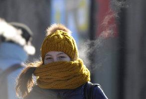 Pražané, navlečte šály a čepice! Teploty se v týdnu budou držet okolo bodu mrazu, napadne i sníh